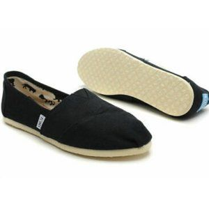 Toms Women's Classic Black Canvas  Size 8 NEW